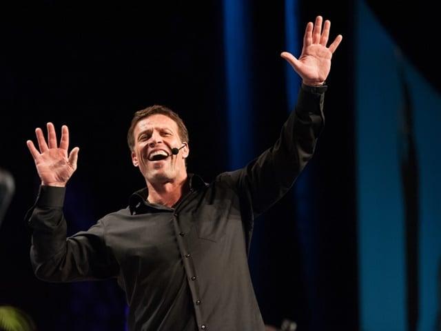 Tony Robbins on stage